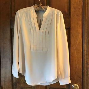 NY & Co Cream Pullover Tunic w/Pleats Medium